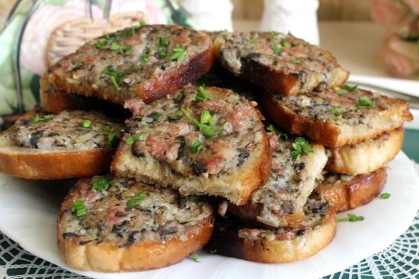 Вкусное блюдо из шампиньонов рецепт с фото