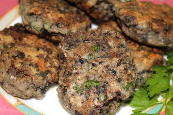 Рецепты приготовления котлет и зраз с грибами